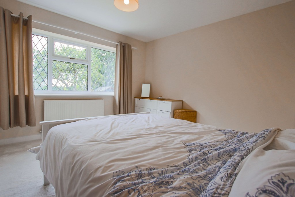 2 Bedroom Semi-detached Bungalow Bungalow To Rent - Image 17