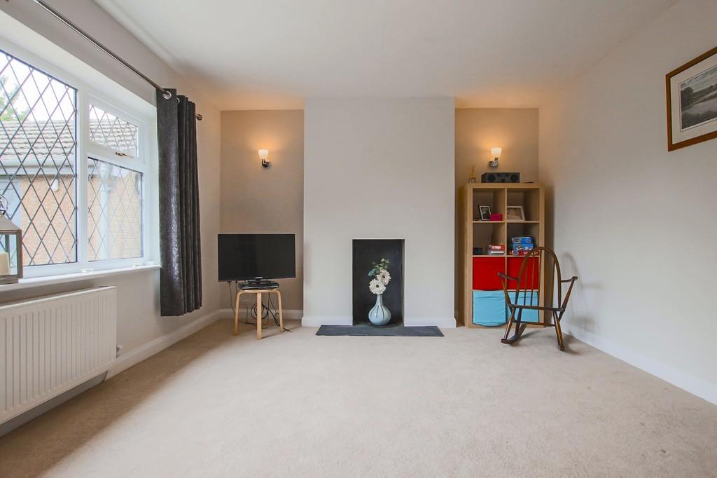 2 Bedroom Semi-detached Bungalow Bungalow To Rent - Image 18