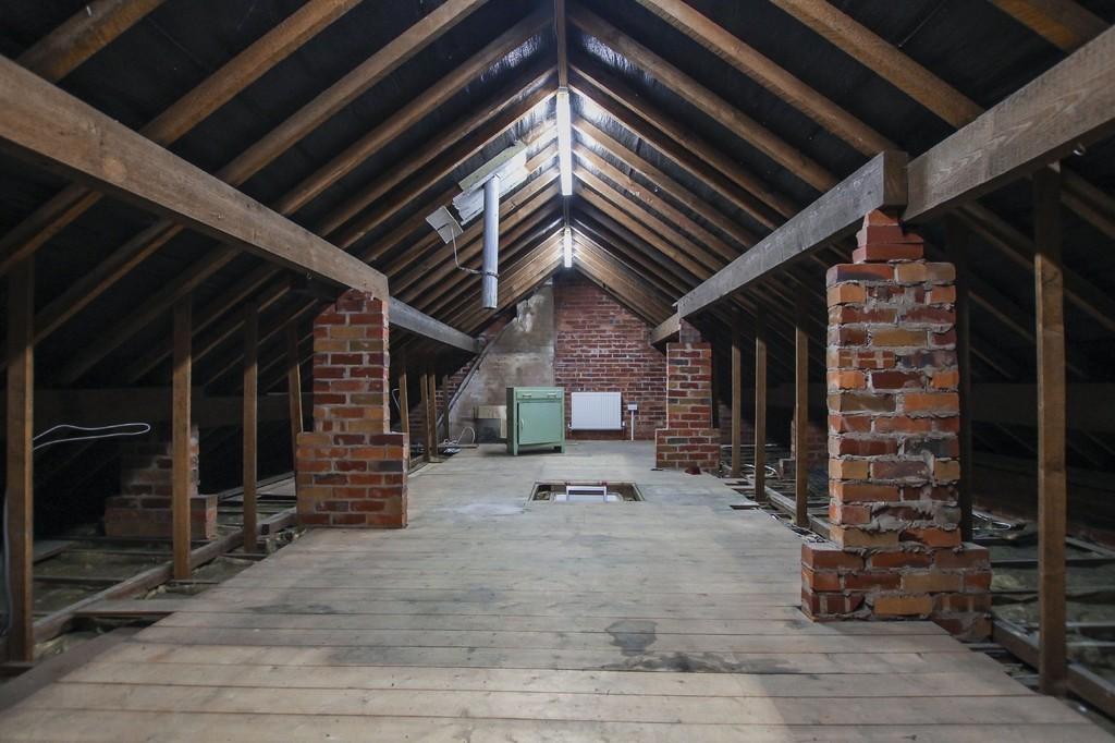 2 Bedroom Semi-detached Bungalow Bungalow To Rent - Image 20
