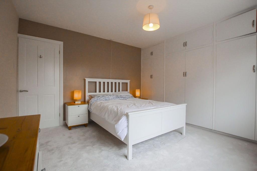 2 Bedroom Semi-detached Bungalow Bungalow To Rent - Image 7