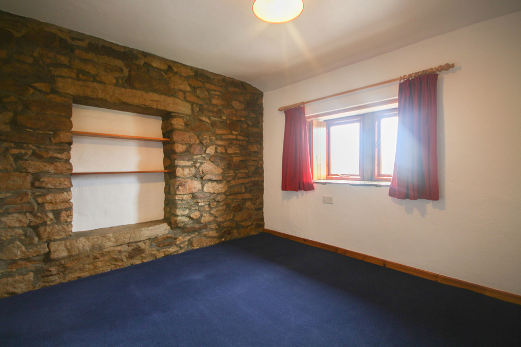 4 Bedroom Farm House To Rent - Image 11