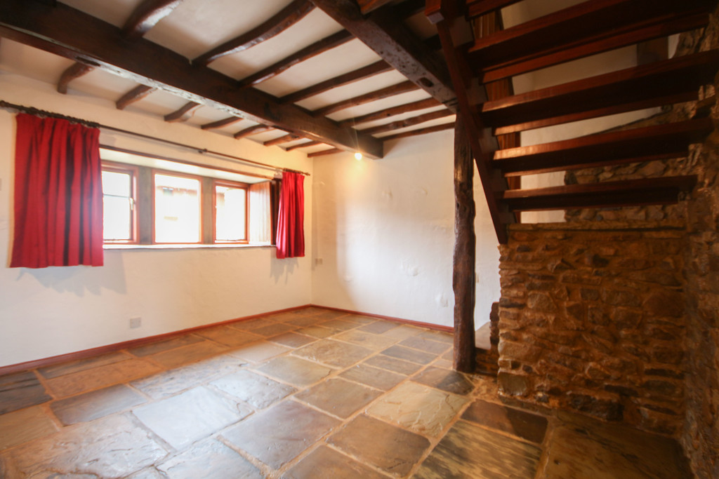 4 Bedroom Farm House To Rent - Image 25