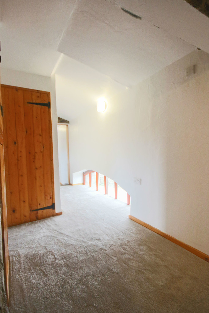4 Bedroom Farm House To Rent - Image 31