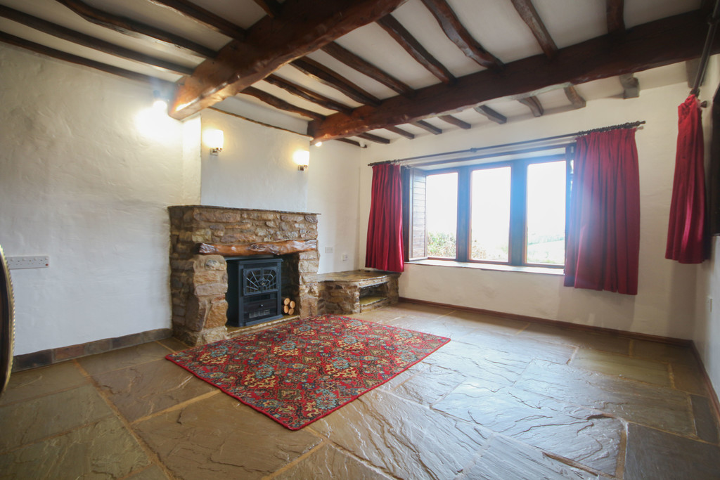 4 Bedroom Farm House To Rent - Image 6