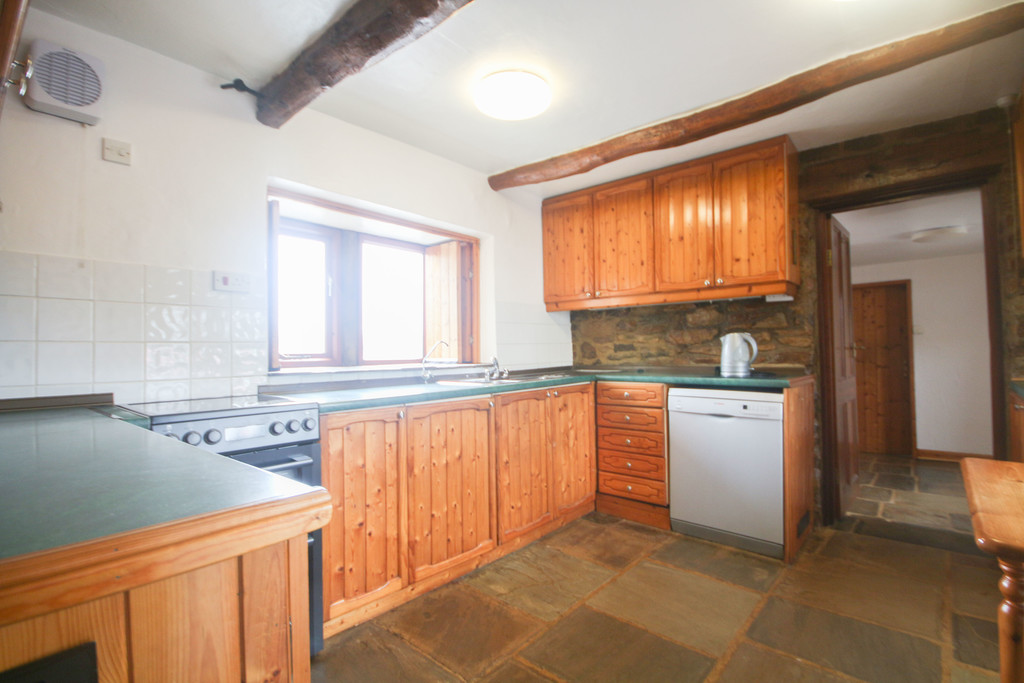 4 Bedroom Farm House To Rent - Image 24