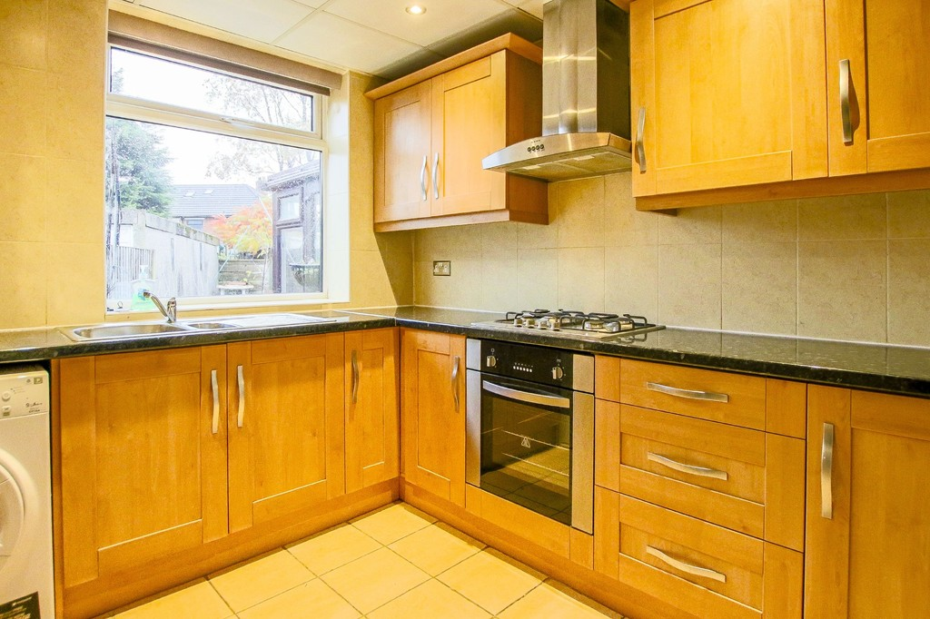 3 Bedroom Semi-detached House To Rent - Image 22