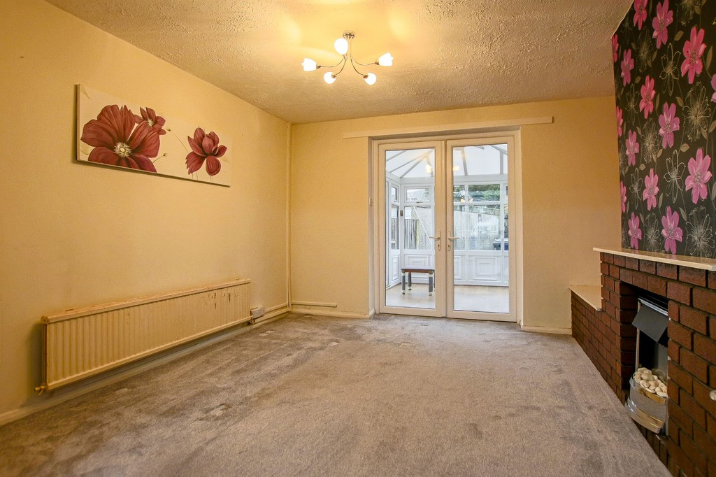 3 Bedroom Semi-detached House To Rent - Image 24