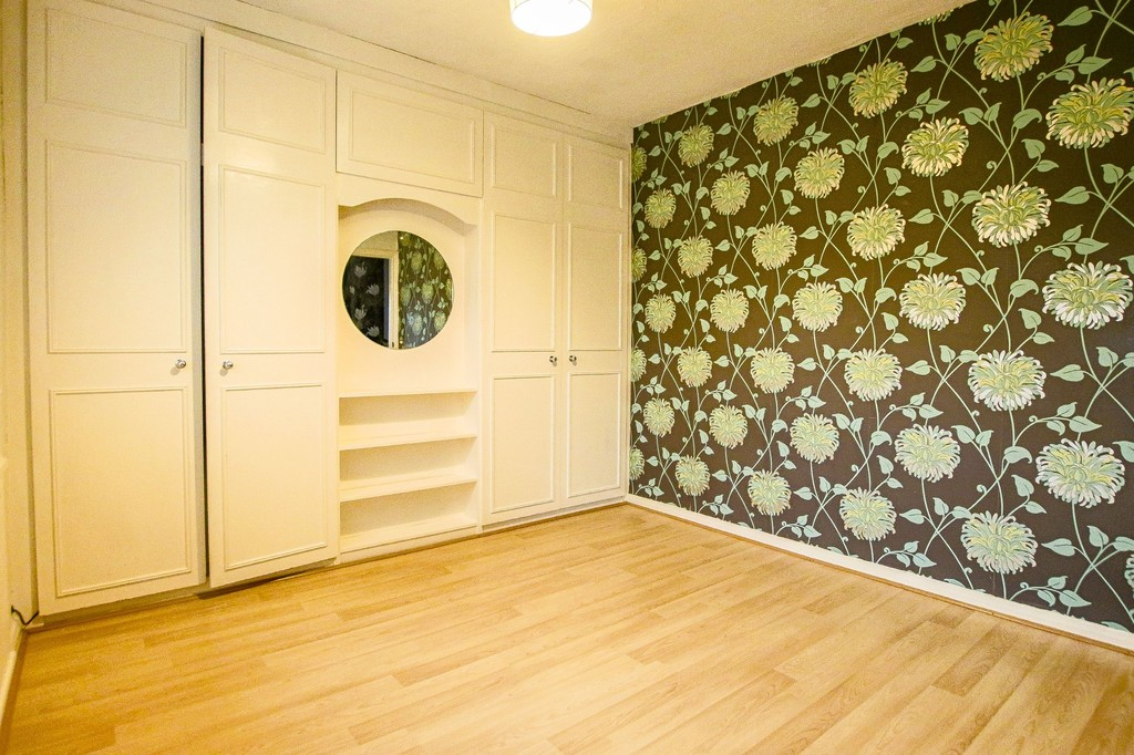 3 Bedroom Semi-detached House To Rent - Image 30