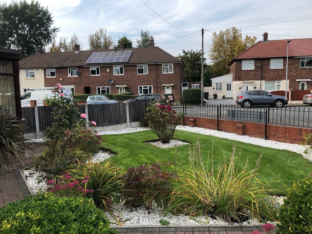 3 Bedroom Semi-detached House To Rent - Image 11