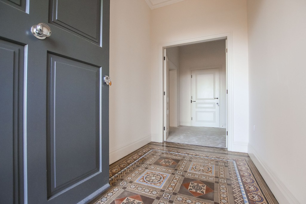 2 Bedroom Apartment Flat To Rent - Image 2