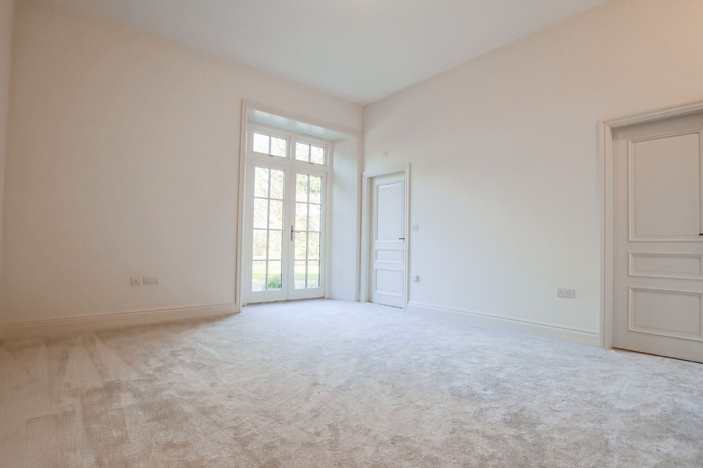 2 Bedroom Apartment Flat To Rent - Image 26