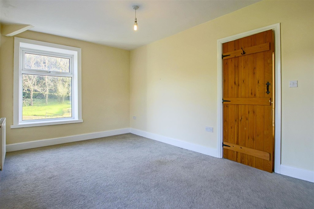 2 Bedroom End Terraced House To Rent - Image 20