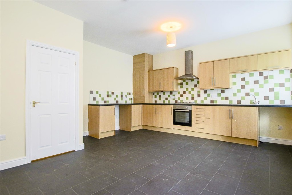 2 Bedroom End Terraced House To Rent - Image 22