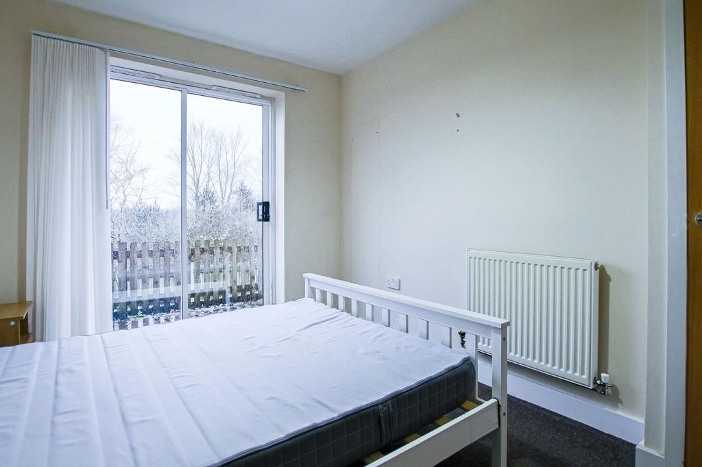2 Bedroom Ground Floor Flat Flat To Rent - Image 17