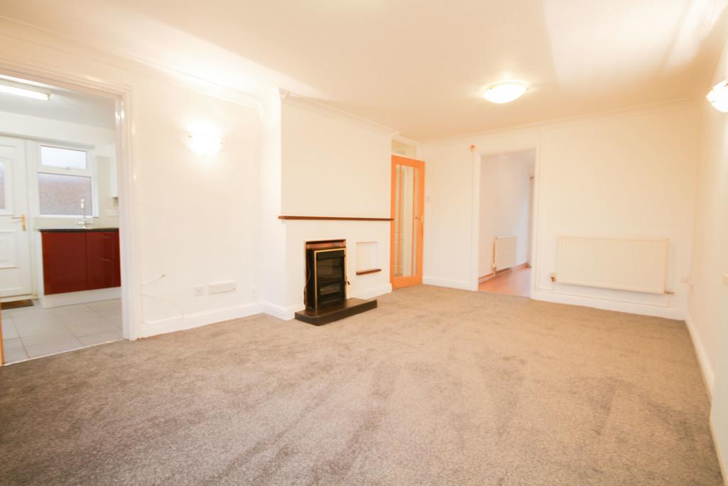 2 Bedroom Semi-detached Bungalow Bungalow To Rent - Image 6