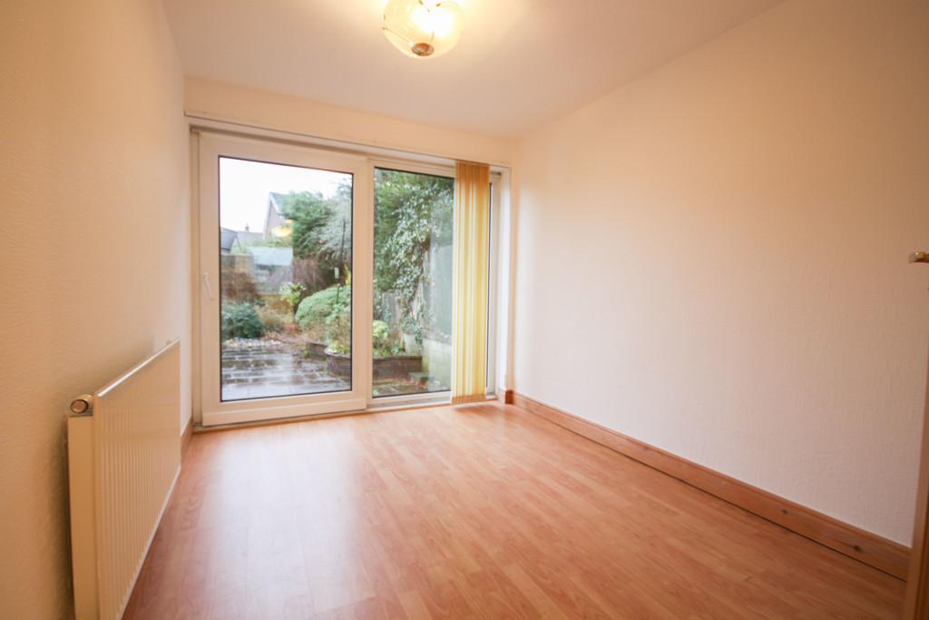 2 Bedroom Semi-detached Bungalow Bungalow To Rent - Image 8