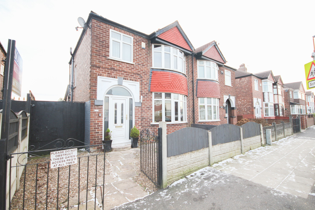 3 Bed Semi-detached House To Rent - Main Image