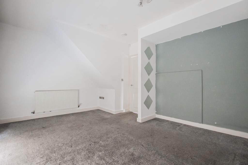 2 Bedroom Mews House To Rent - Image 31