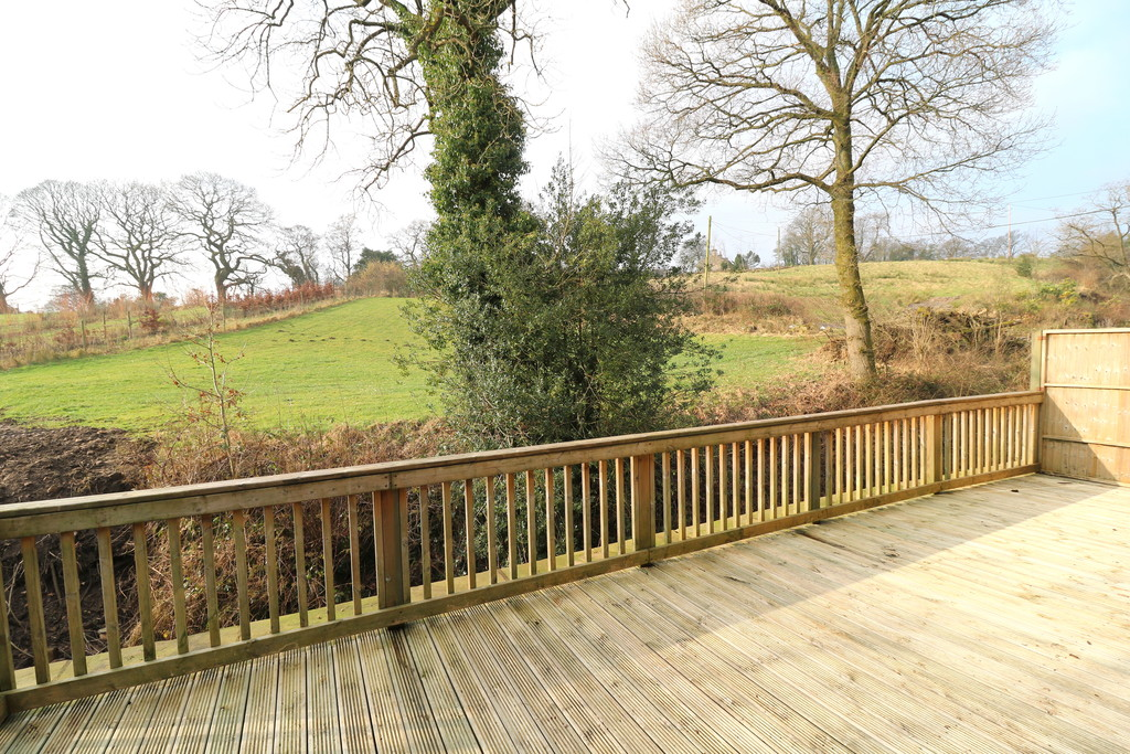 3 Bedroom Barn Conversion House To Rent - Image 7