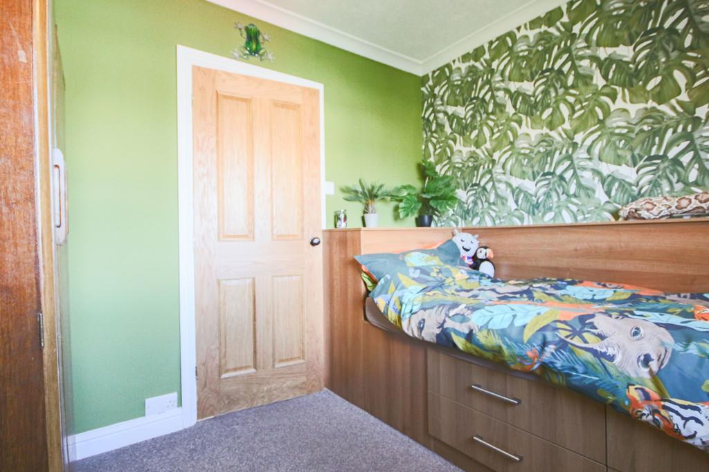 5 Bedroom Detached House To Rent - Image 13