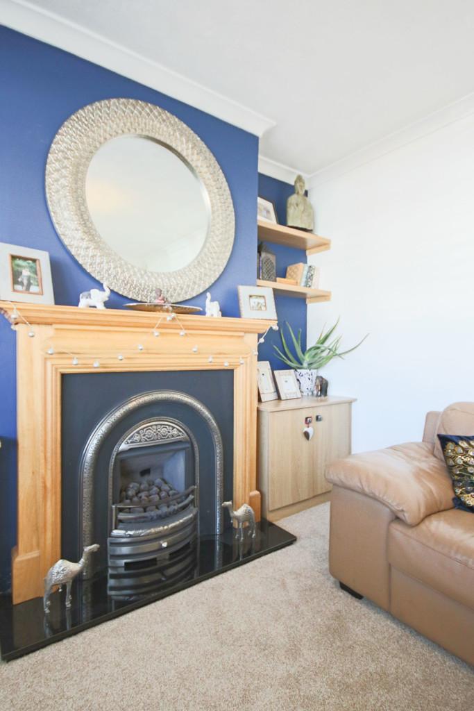 5 Bedroom Detached House To Rent - Image 25