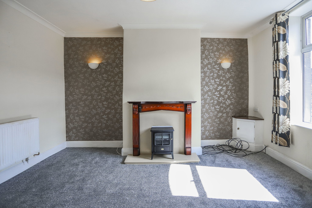 2 Bedroom Mid Terraced House To Rent - Image 11