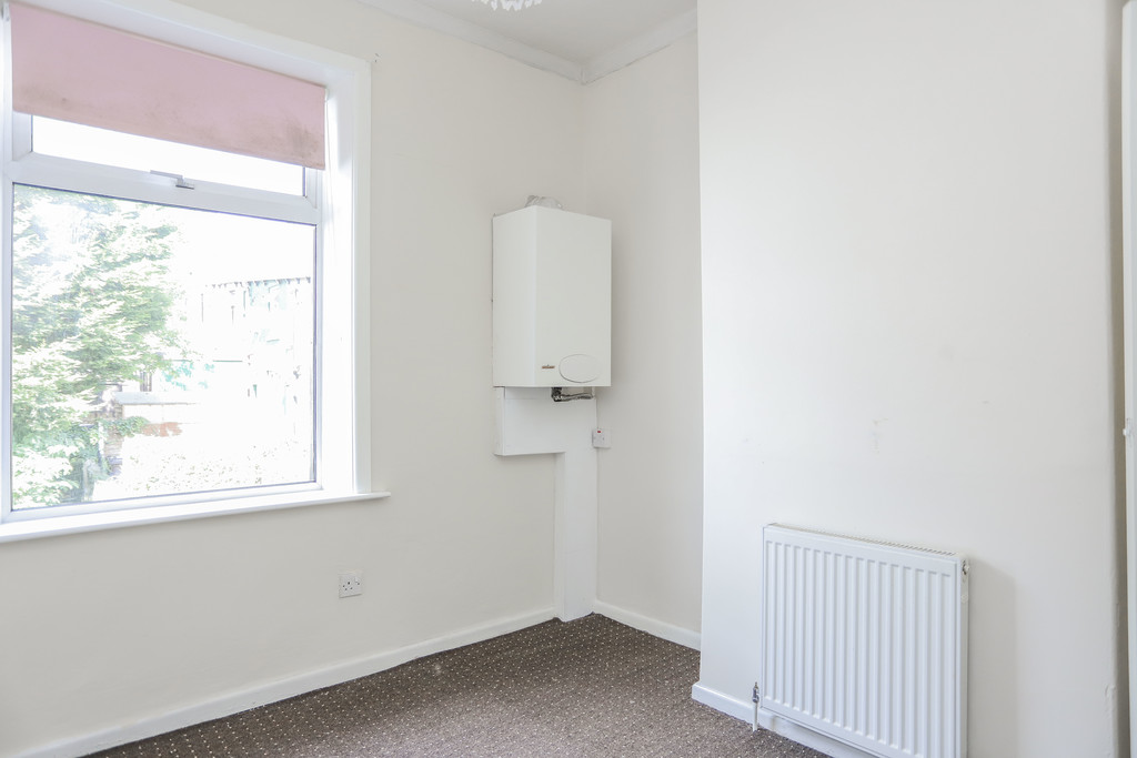 2 Bedroom Mid Terraced House To Rent - Image 13