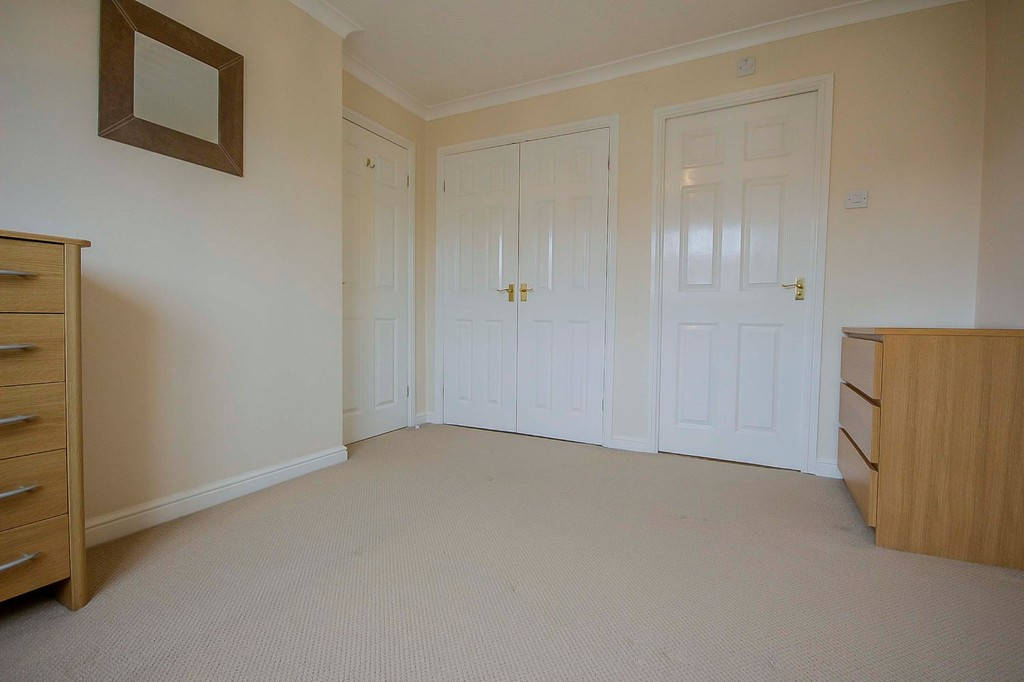 3 Bedroom Detached House To Rent - Image 27