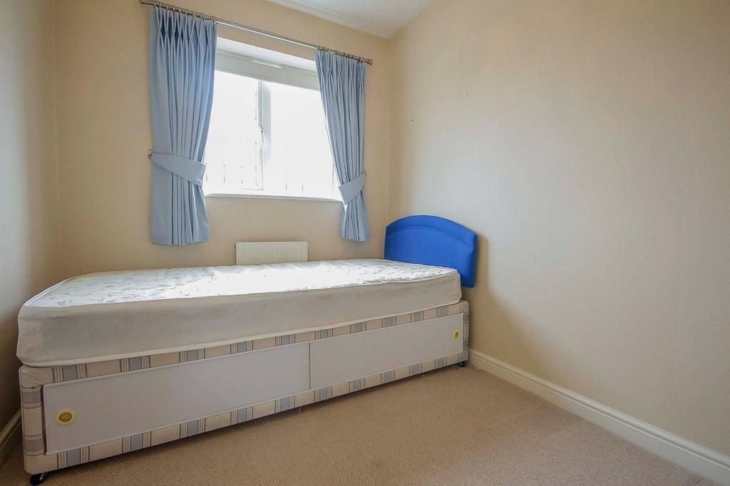 3 Bedroom Detached House To Rent - Image 29