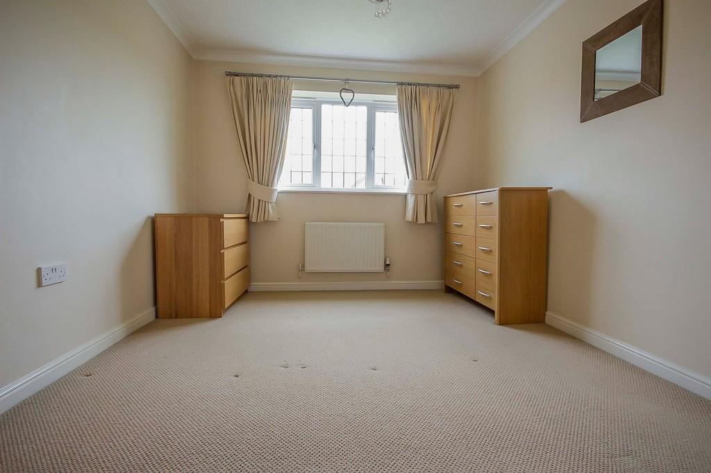 3 Bedroom Detached House To Rent - Image 33