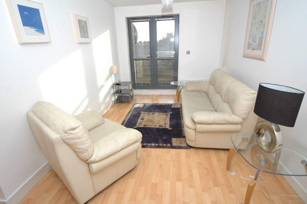 properties to buy hull, Queens Court, Apartment