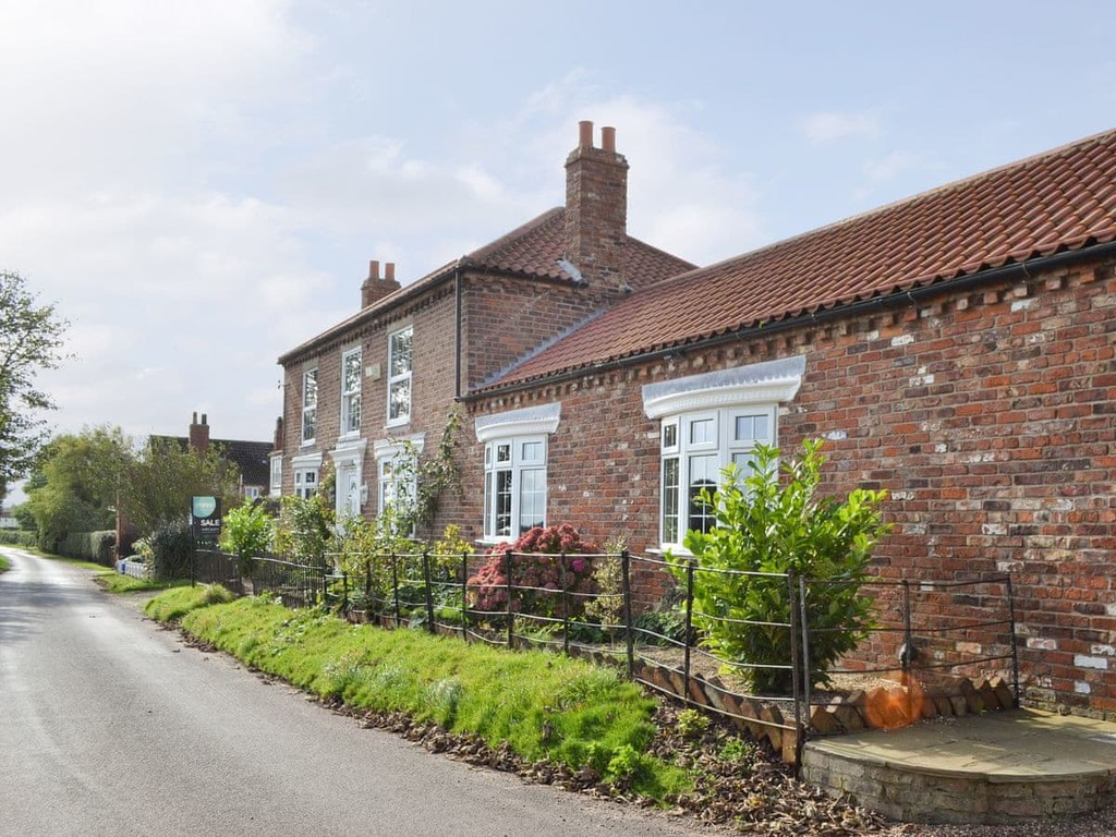 properties to buy hull, , Registered Smallholding