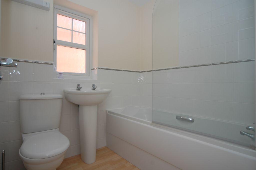 properties to rent hull, Flanders Red, End Terraced