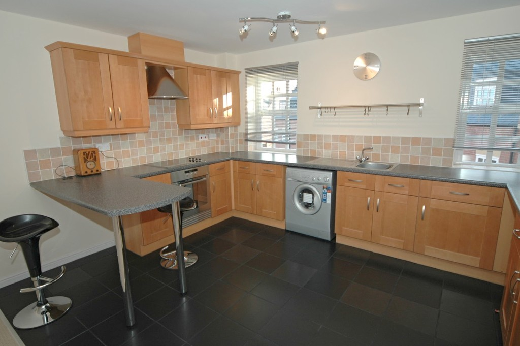 properties to rent hull, Minster Wharf, Duplex Apartment
