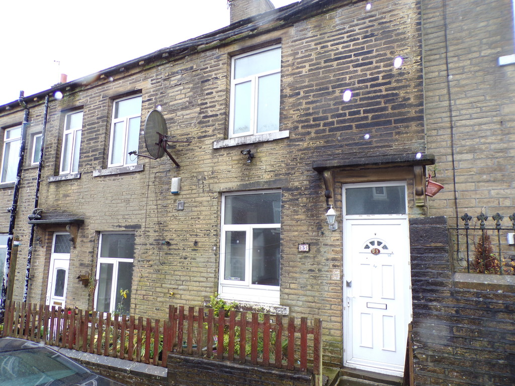 Moss Street, Thornton