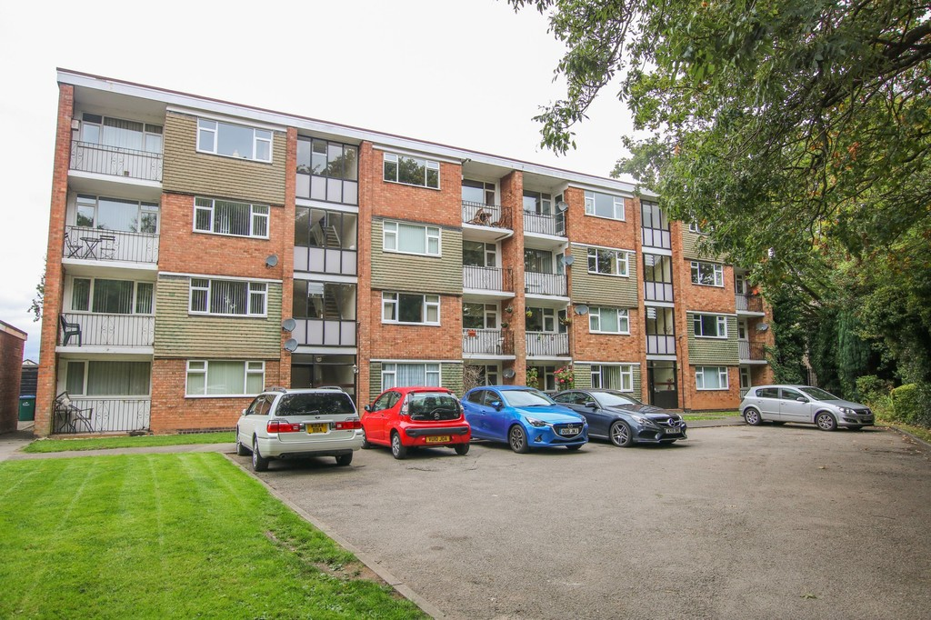 Hearsall Court, Tile Hill – To Let