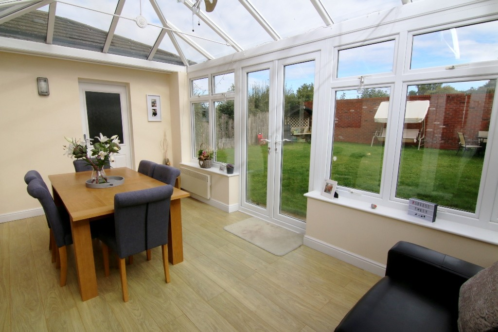 4 Bedroom Detached House, Farndon