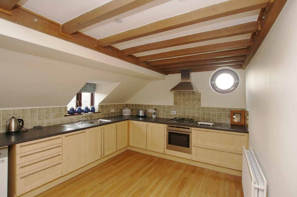 5 Bedroom Detached House, Christleton