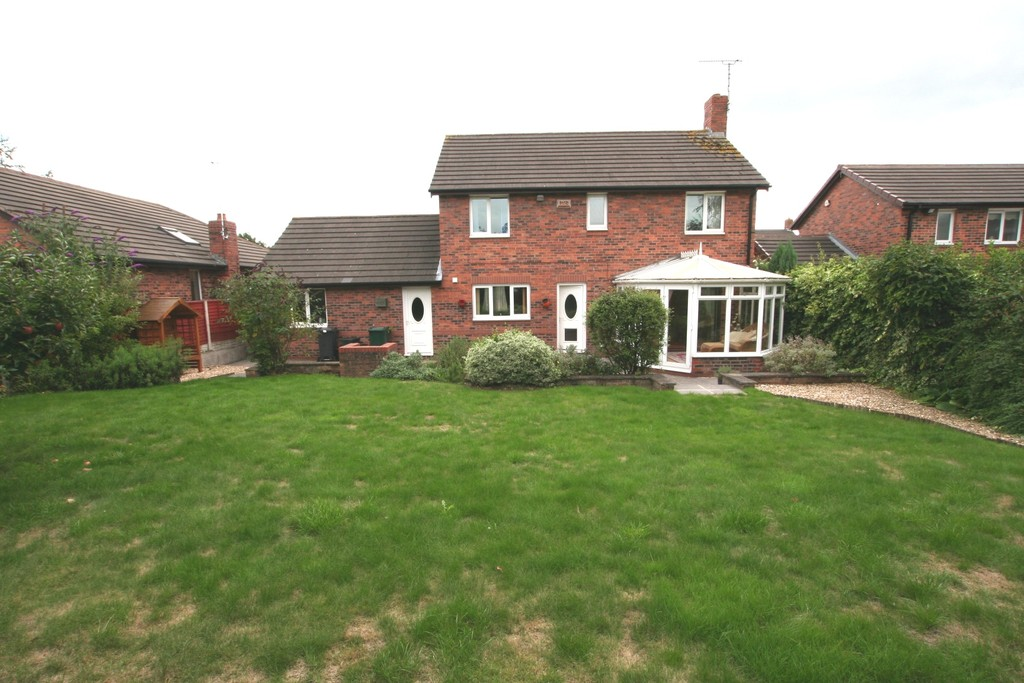 4 Bedroom HOUSE, Chester