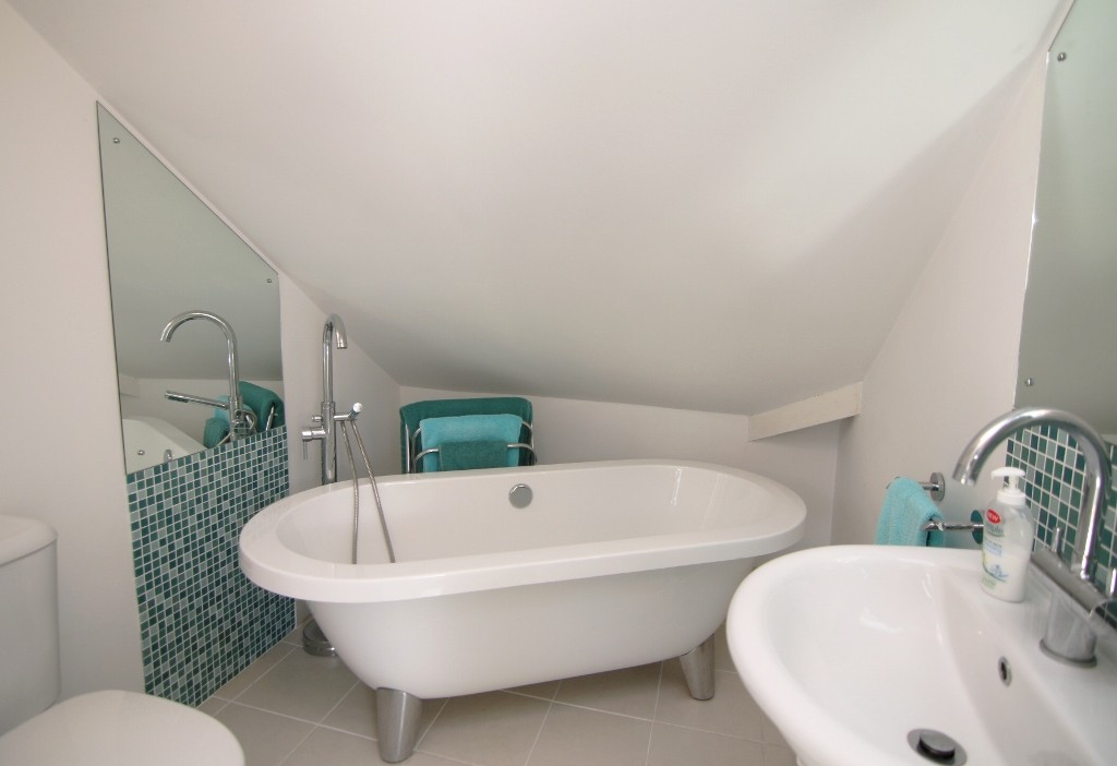 5 Bedroom Detached House, Waverton