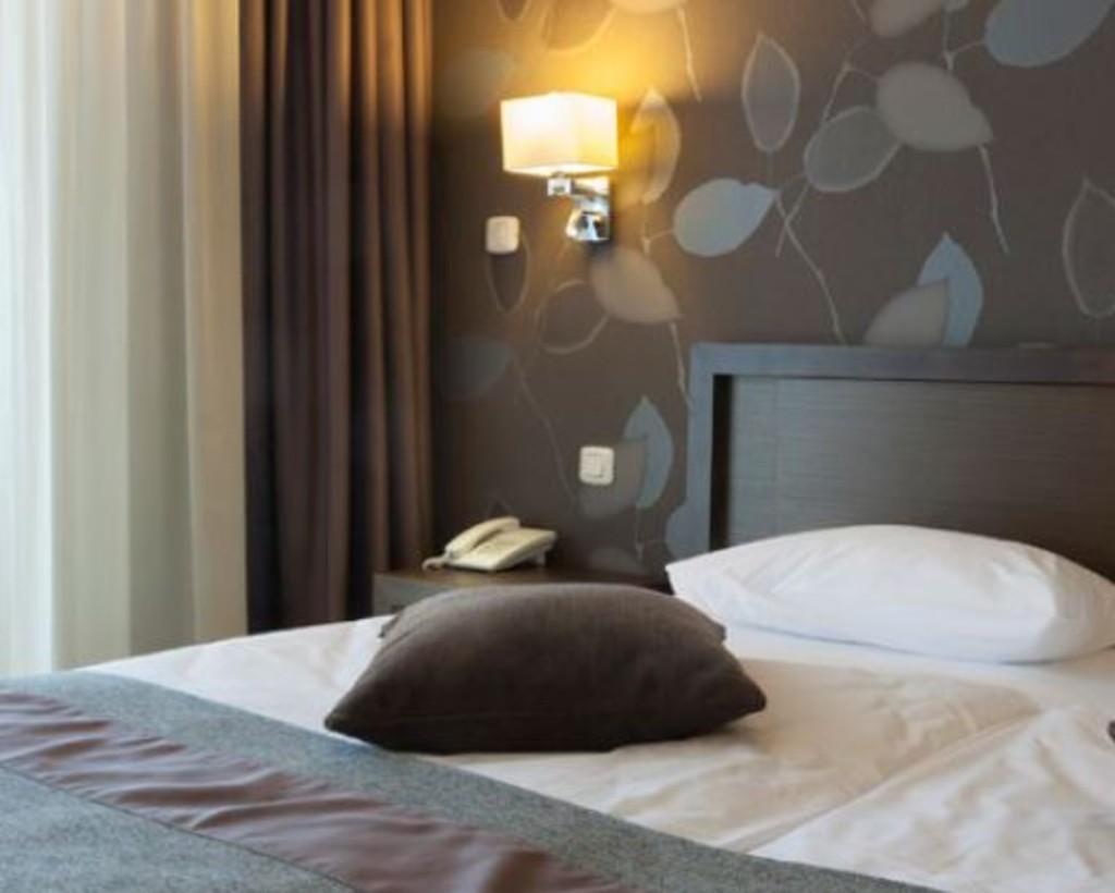 1 Bedroom Apartment / Flat, Goodwick