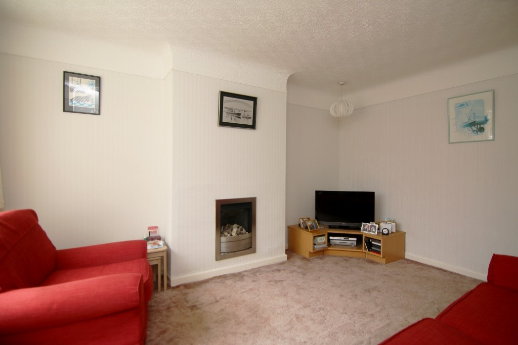 3 Bedroom Semi-Detached House, Chester