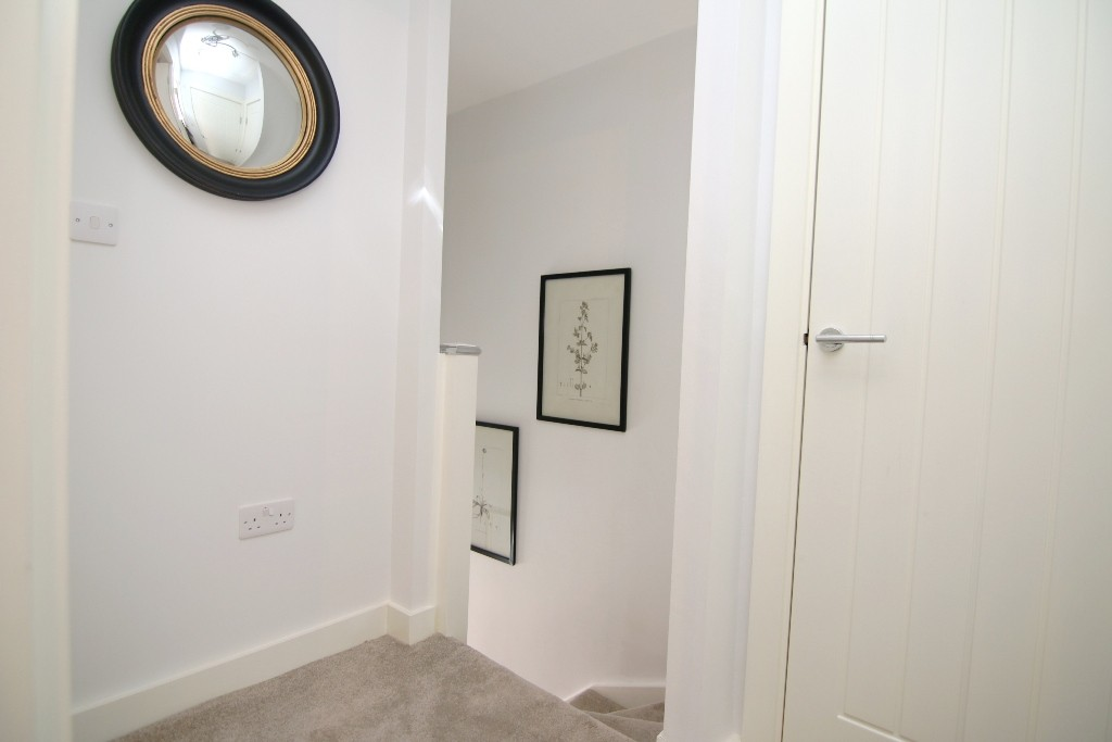 3 Bedroom Town House, Chester