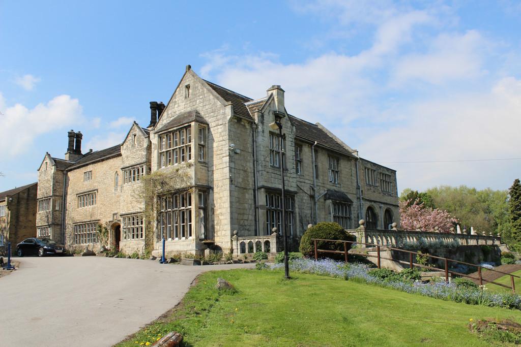 Lakeside Manor, Main Street, Monk Fyston