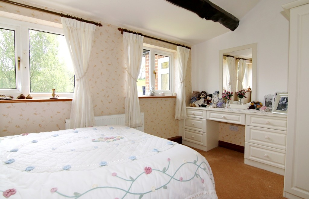 4 Bedroom Detached House, Picton