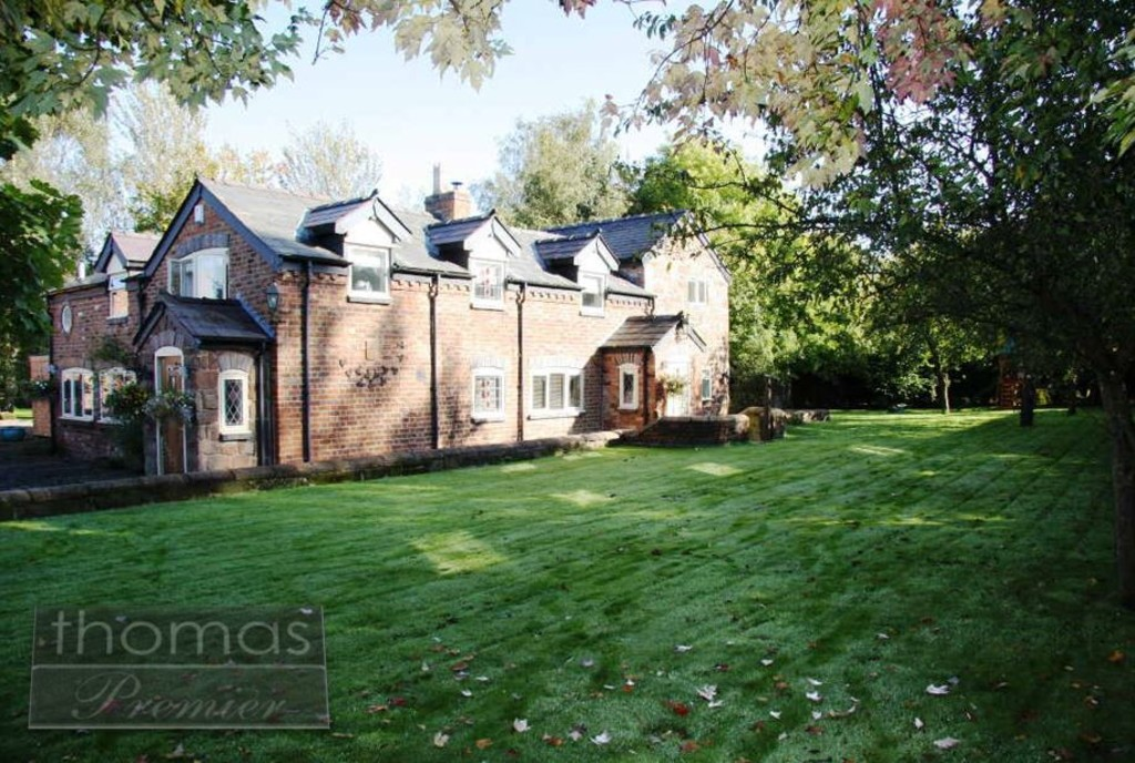 8 Bedroom Detached House, Chester