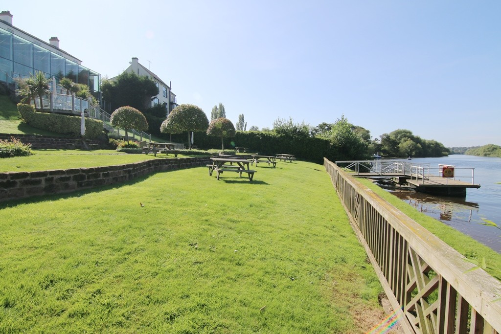 5 Bedroom Prestigous Property on the Banks of the River Dee, Great Boughton