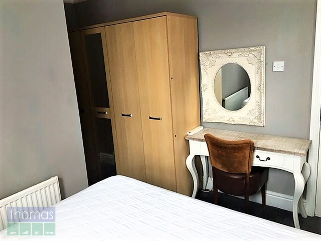 1 Bedroom Flat, Chester