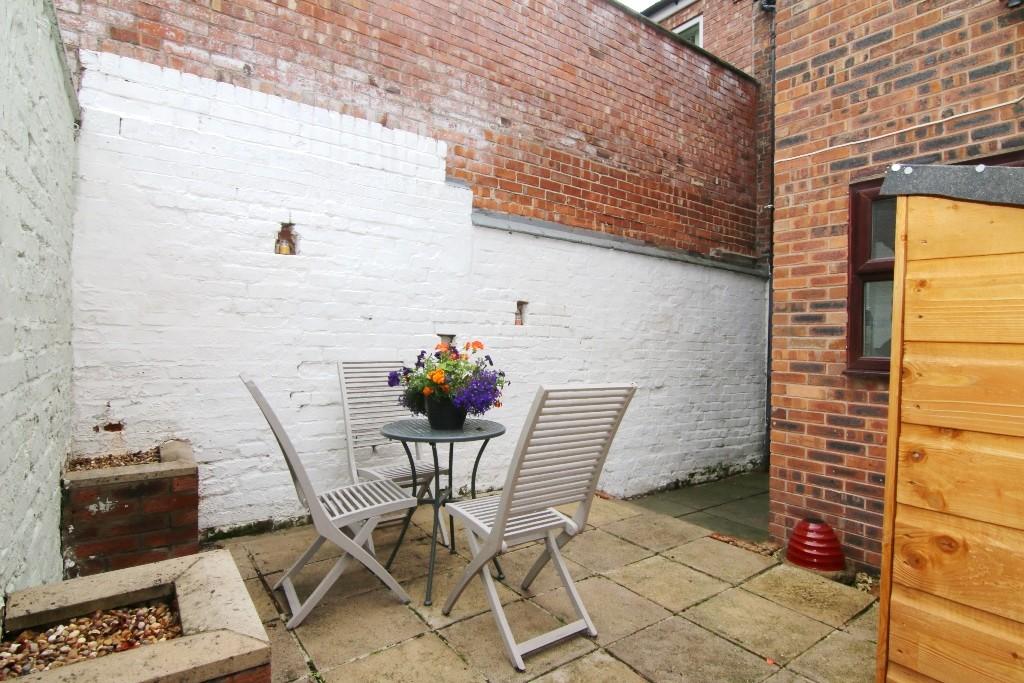 2 Bedroom Mid Terraced House, Hoole