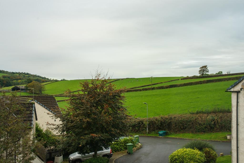 11 Dallam Chase, Milnthorpe, Cumbria LA7 7DW